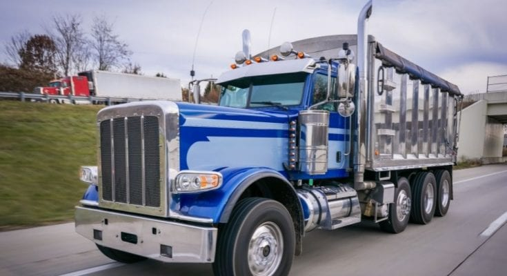 4 Useful Tips for Transporting Oversized Truck Loads