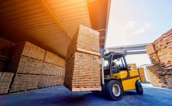 A Brief History of the Innovation of Forklifts
