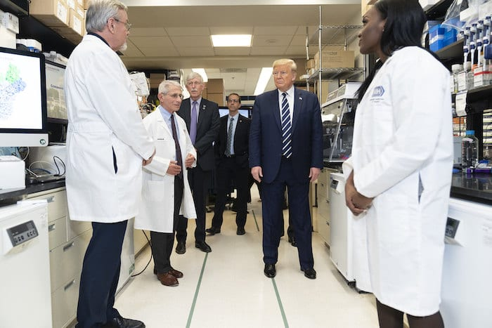 President Trump tours viral pathogenesis lab at National Institutes of Health. Photo by Shealah Craighead.